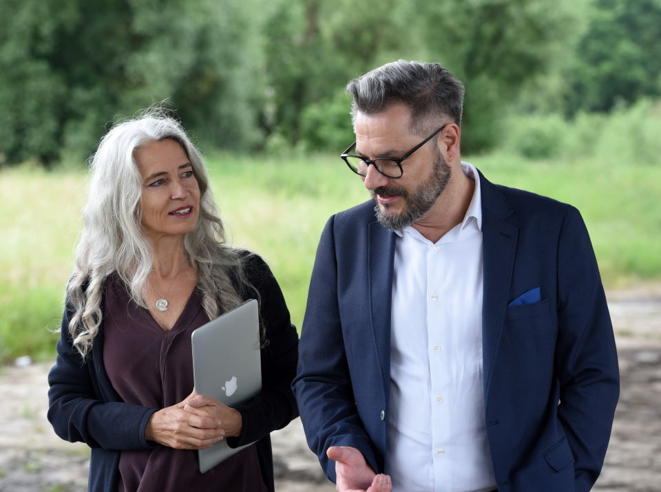 Coaching für Stressbewältigung - Iris Middelhove im Coaching mit einem Kunden